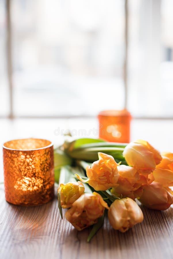 Ανθοδέσμη των πορτοκαλιών τουλιπών άνοιξη στοκ εικόνες με δικαίωμα ελεύθερης χρήσης