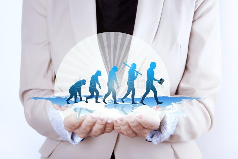 Ανθρώπινες εξέλιξη/αύξηση των χεριών επιχειρηματιών στοκ φωτογραφίες