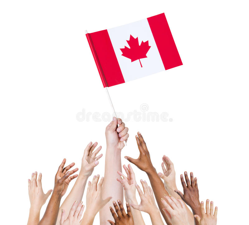 Ανθρώπινη σημαία του Καναδά εκμετάλλευσης χεριών στοκ εικόνα με δικαίωμα ελεύθερης χρήσης