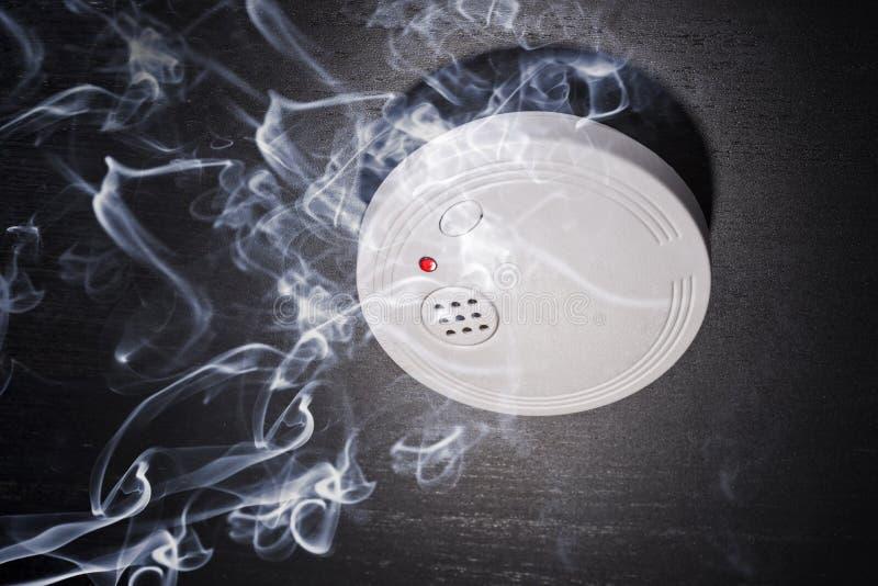 Ανιχνευτής καπνού στοκ φωτογραφία με δικαίωμα ελεύθερης χρήσης
