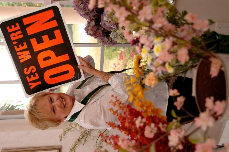 ανοίγοντας κατάστημα στοκ φωτογραφία με δικαίωμα ελεύθερης χρήσης