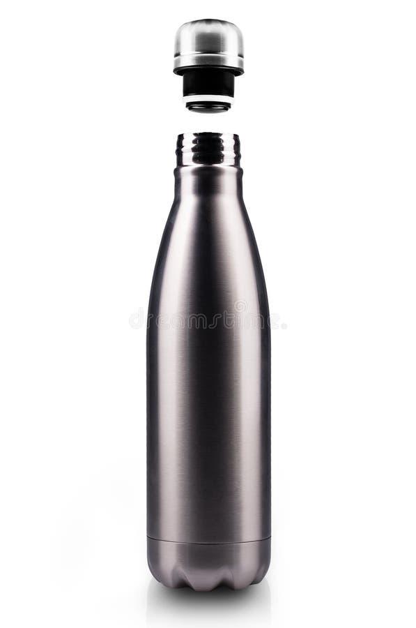 Ανοιγμένο ανοξείδωτο θερμο μπουκάλι νερό, κινηματογράφηση σε πρώτο πλάνο που απομονώνεται στο άσπρο υπόβαθρο στοκ εικόνα