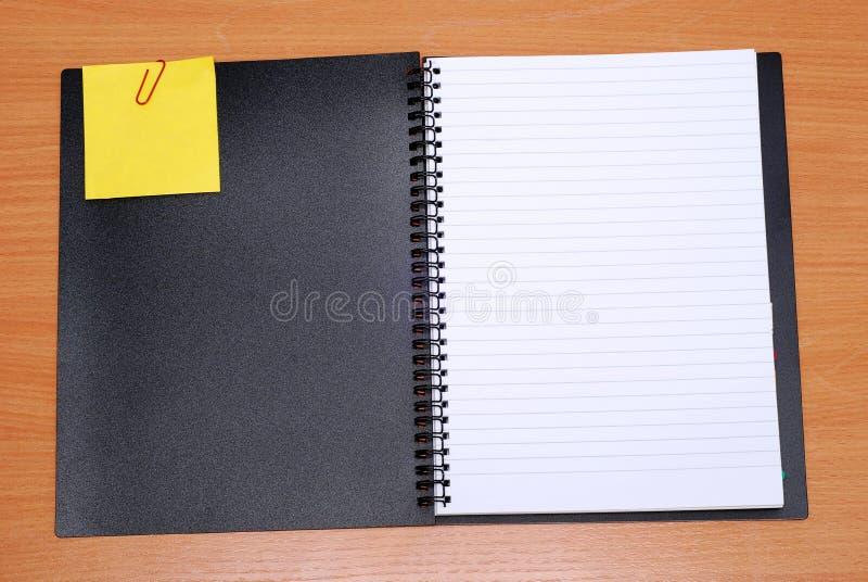 ανοικτή σπείρα σημειωματάριων στοκ εικόνες