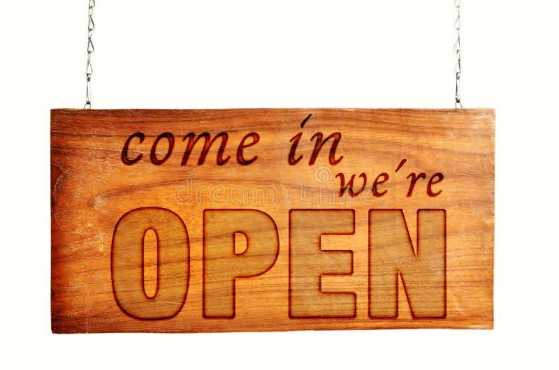 Ανοικτό ξύλινο σημάδι ανοικτό στοκ εικόνες