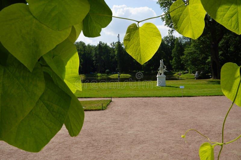 Ανοικτό πάρκο της πόλης Oranienbaum Lomonosov στοκ εικόνες