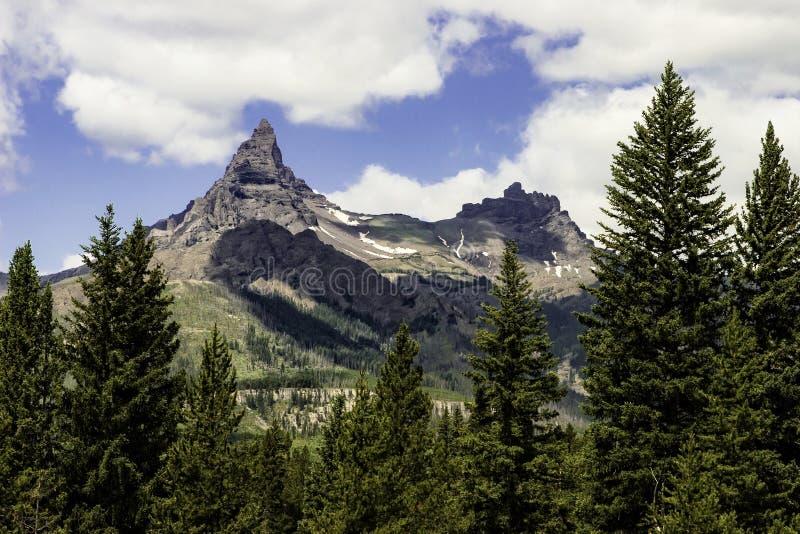 Αντέξτε τη σειρά βουνών δοντιών στοκ φωτογραφίες με δικαίωμα ελεύθερης χρήσης
