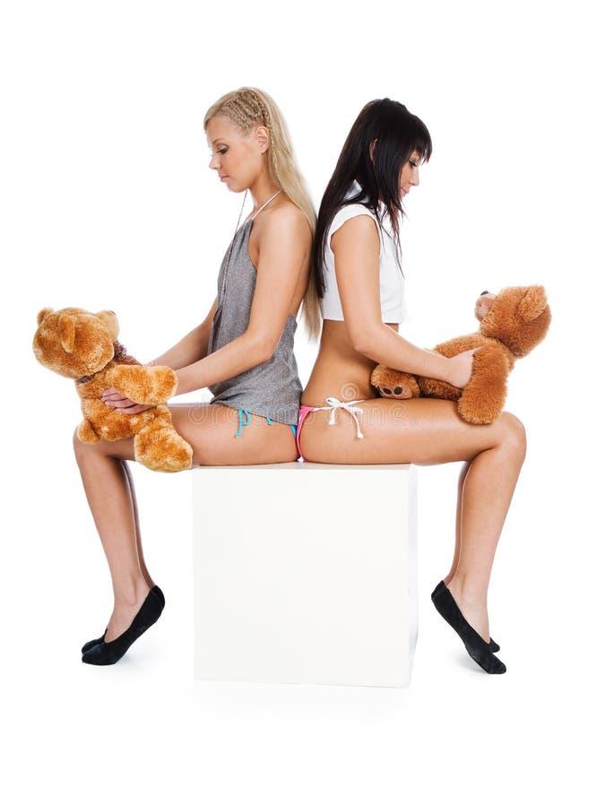 αντέχει τα κορίτσια δύο στοκ φωτογραφία