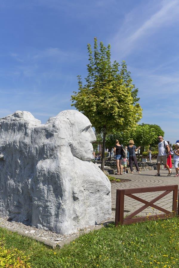 Αντίγραφο των γλυπτών Rushmore- υποστηριγμάτων των ΗΠΑ μικροσκοπικό πάρκο Προέδρων Ντακότα, Inwald, Πολωνία στοκ φωτογραφία