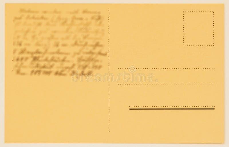 Αντίστροφη πλευρά μιας κάρτας ταχυδρομικών τελών με το γραπτό κείμενο, συγχαρητήρια κενό grunge _ σύσταση εγγράφου Έννοια στοκ φωτογραφία με δικαίωμα ελεύθερης χρήσης