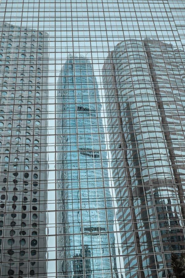 Αντανάκλαση του διεθνούς κεντρικού κτηρίου χρηματοδότησης στο Χονγκ Κονγκ στοκ φωτογραφία
