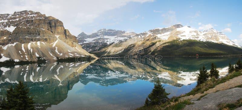 αντανακλάσεις βουνών λιμνών στοκ φωτογραφία με δικαίωμα ελεύθερης χρήσης