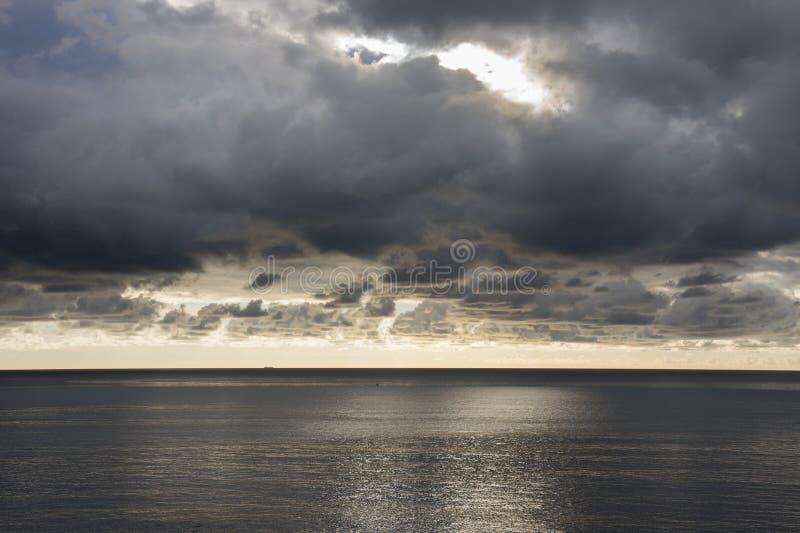 Αντανακλάσεις στη θάλασσα στοκ εικόνα με δικαίωμα ελεύθερης χρήσης