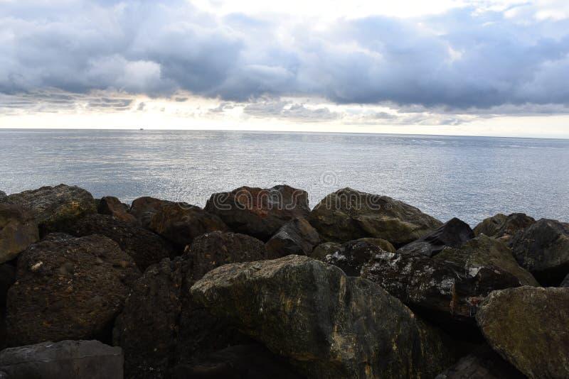 Αντανακλάσεις στη θάλασσα στοκ εικόνα