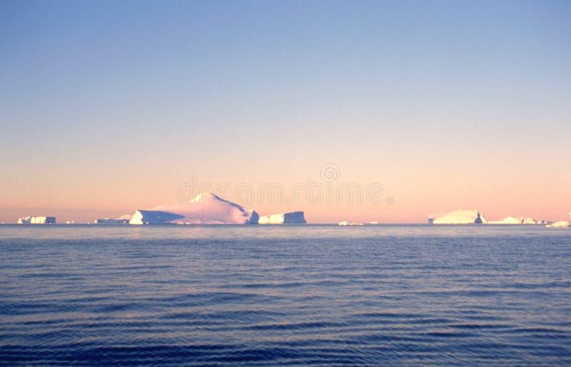 ανταρκτικά παγόβουνα στοκ φωτογραφίες