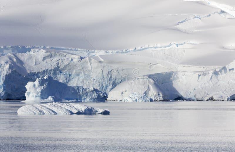 Ανταρκτική ακτή στοκ εικόνες με δικαίωμα ελεύθερης χρήσης