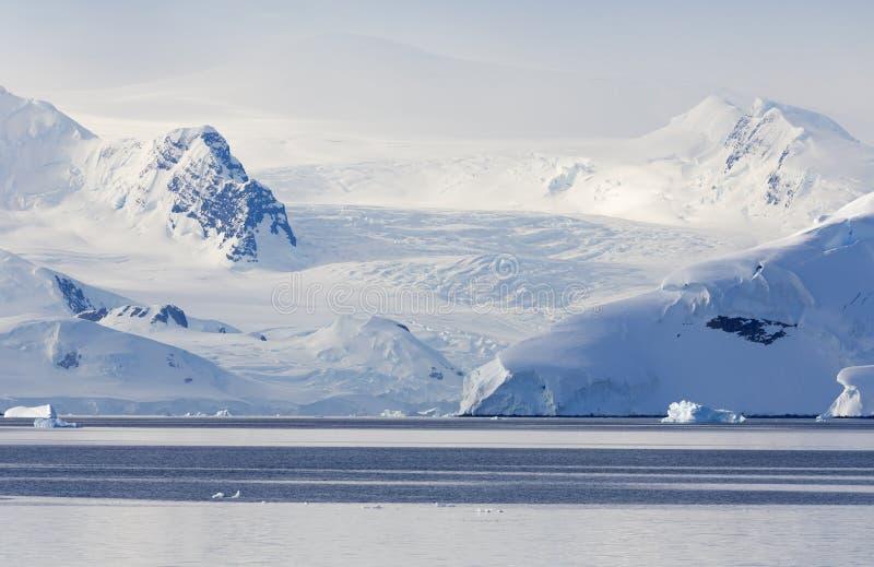 Ανταρκτική ακτή στοκ εικόνες