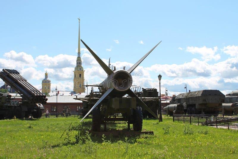 Αντιαεροπορικό βλήμα β-400, αντιαεροπορικό πυραυλικό σύστημα DAL Μουσείο του πυροβολικού, στρατεύματα εφαρμοσμένης μηχανικής r στοκ εικόνα
