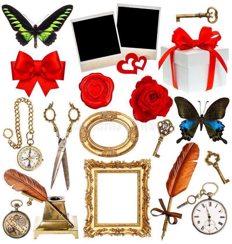 Αντικείμενα για το λεύκωμα αποκομμάτων ρολόι, κλειδί, πλαίσιο φωτογραφιών, πεταλούδα στοκ εικόνα