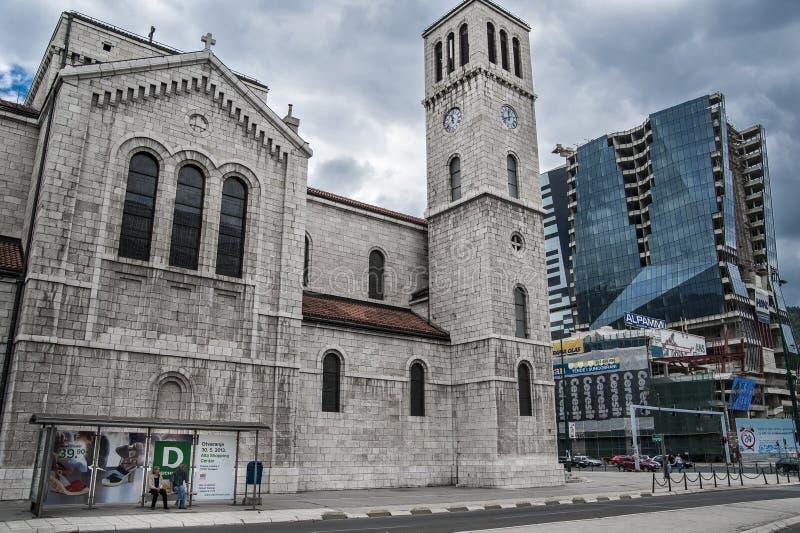 Αντιπαραβαλλόμενη αρχιτεκτονική στοκ φωτογραφίες με δικαίωμα ελεύθερης χρήσης