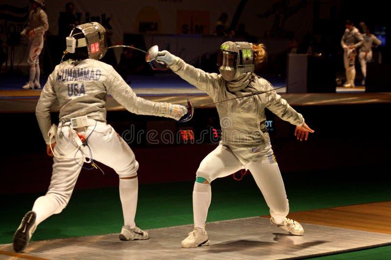 Αντιστοιχία Sabre γυναικών των πρωταθλημάτων παγκόσμιας περίφραξης στοκ εικόνες