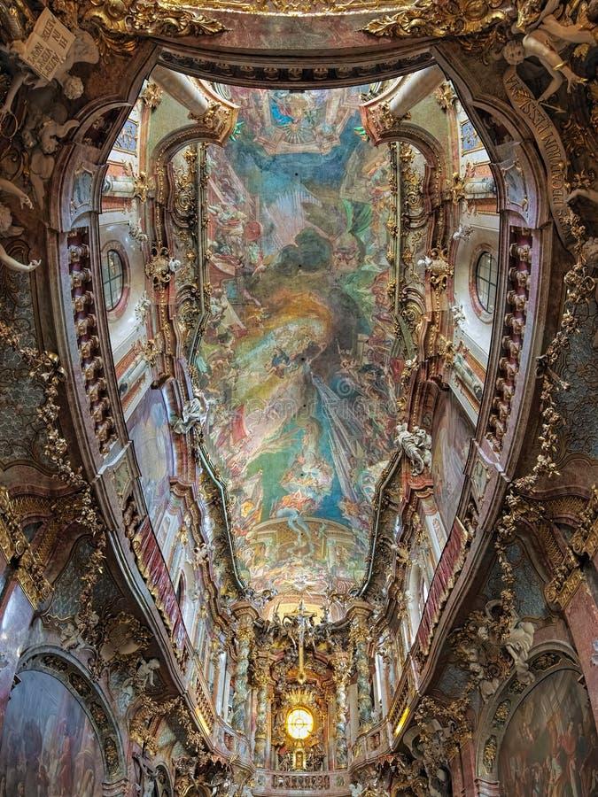 Ανώτατη ζωγραφική Asamkirche στο Μόναχο, Γερμανία στοκ φωτογραφία με δικαίωμα ελεύθερης χρήσης