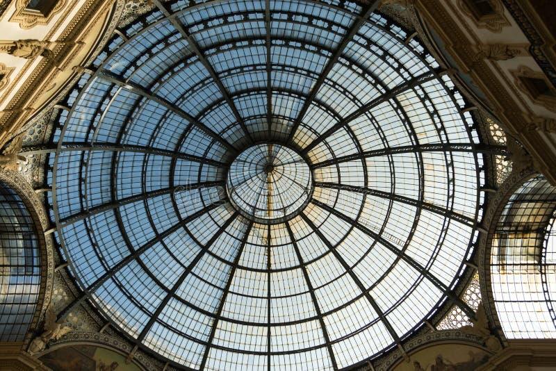 Ανώτατο όριο γυαλιού, Galleria, Μιλάνο, Ιταλία στοκ φωτογραφία με δικαίωμα ελεύθερης χρήσης