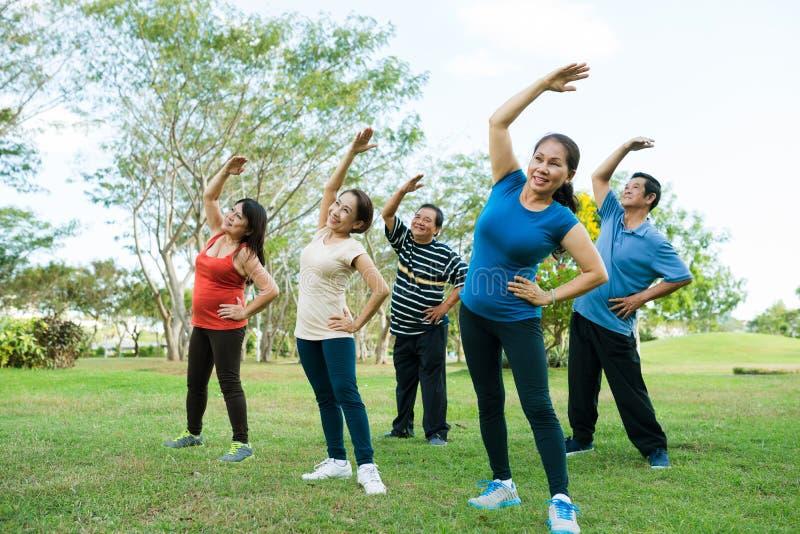 Ανώτερη άσκηση ανθρώπων στοκ φωτογραφία με δικαίωμα ελεύθερης χρήσης