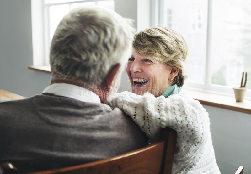 Ανώτερη έννοια συζύγων συζύγων ζεύγους αποχώρησης στοκ φωτογραφίες με δικαίωμα ελεύθερης χρήσης