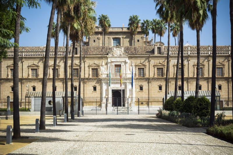 Ανδαλουσιακοί κτήριο και λόγοι του Κοινοβουλίου στη Σεβίλη στοκ εικόνες