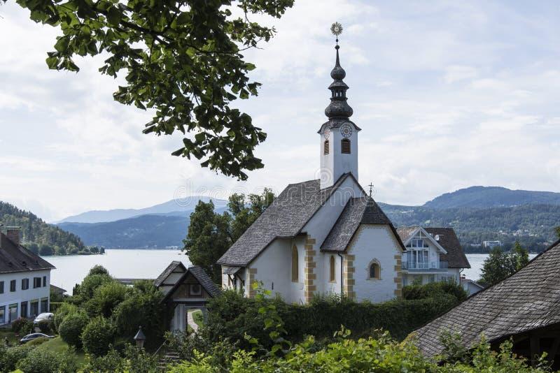 Αξία της Μαρίας στη λίμνη Worthersee, Αυστρία στοκ φωτογραφία
