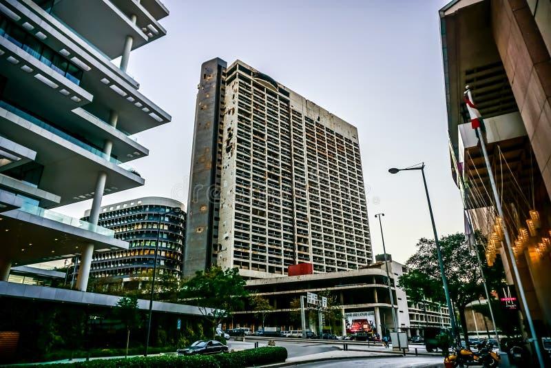 Αξιοπρόσεκτο πολυόροφο κτίριο 01 της Βηρυττού στοκ εικόνες με δικαίωμα ελεύθερης χρήσης