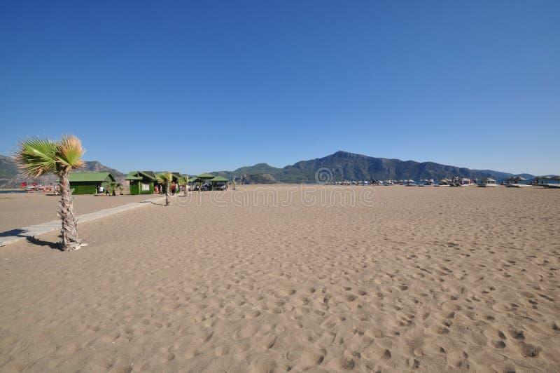 Απέραντη κενή παραλία στοκ εικόνες
