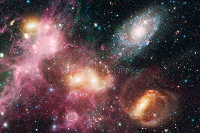 Απίστευτα όμορφος γαλαξίας κάπου στο βαθύ διάστημα Ταπετσαρία επιστημονικής φαντασίας διανυσματική απεικόνιση