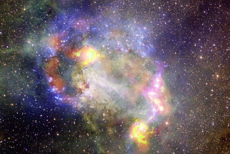 Απίστευτα όμορφος γαλαξίας κάπου στο βαθύ διάστημα o διανυσματική απεικόνιση