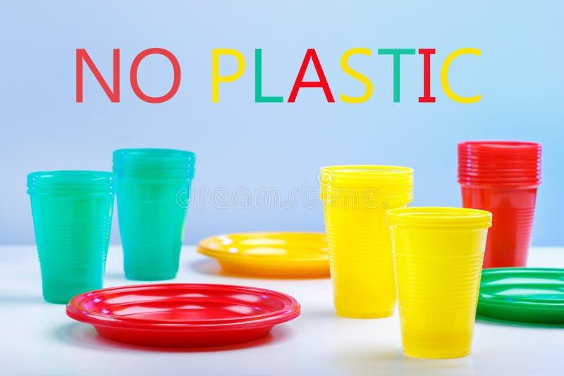 Απαγόρευση στα πλαστικά πιάτα στοκ φωτογραφία με δικαίωμα ελεύθερης χρήσης