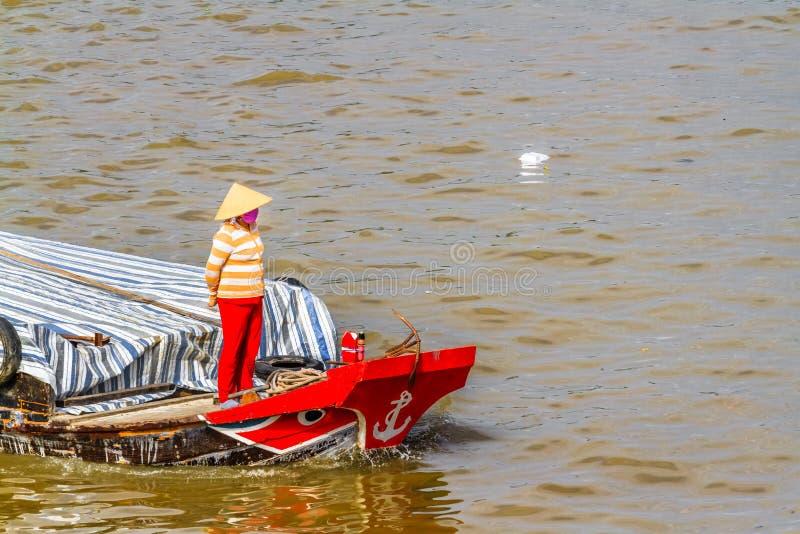 Απαγόρευση Tam, Sampan, μικρή βάρκα στο ποταμό Μεκόνγκ, Βιετνάμ στοκ φωτογραφίες
