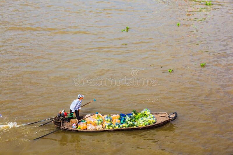 Απαγόρευση Tam, Sampan, μικρή βάρκα στο ποταμό Μεκόνγκ, Βιετνάμ στοκ φωτογραφία
