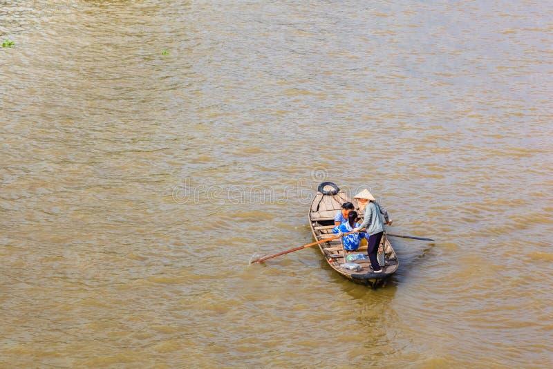 Απαγόρευση Tam, Sampan, μικρή βάρκα στο ποταμό Μεκόνγκ, Βιετνάμ στοκ φωτογραφίες με δικαίωμα ελεύθερης χρήσης