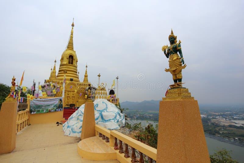 Απαγόρευση Tham Kanchanaburi Wat στοκ εικόνες