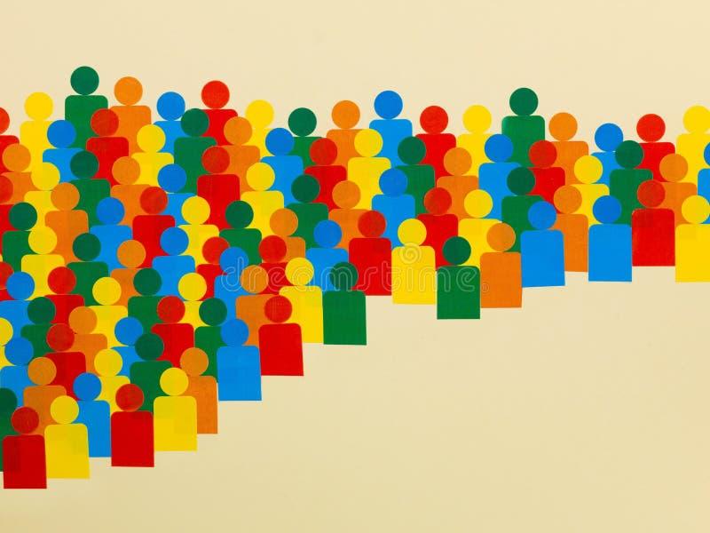 Απεικόνιση ενός πλήθους των πολύχρωμων ανθρώπων διανυσματική απεικόνιση