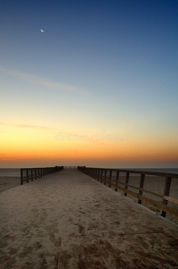 Αποβάθρα η πρώτη Dawn του Γκρέιτ Γιάρμουθ στοκ φωτογραφίες