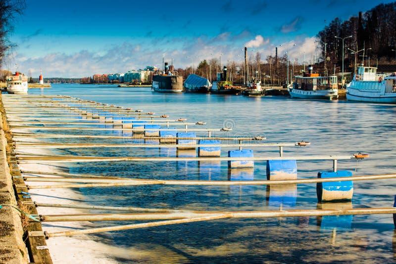 Αποβάθρα παγωμένη στην Α λίμνη στοκ φωτογραφίες