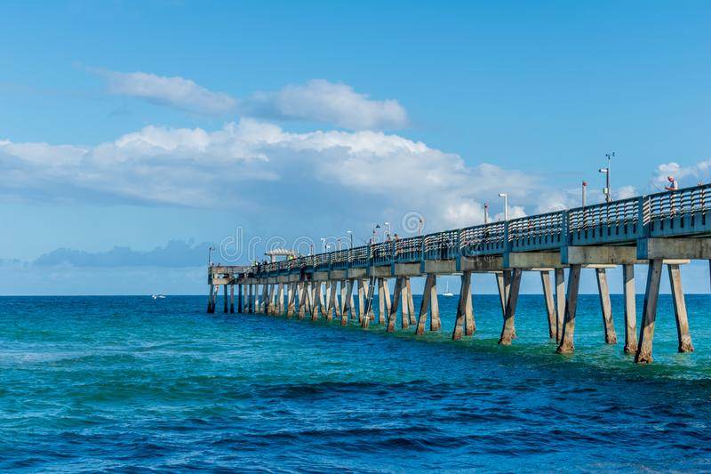Αποβάθρα στην παραλία Daria στοκ εικόνες με δικαίωμα ελεύθερης χρήσης