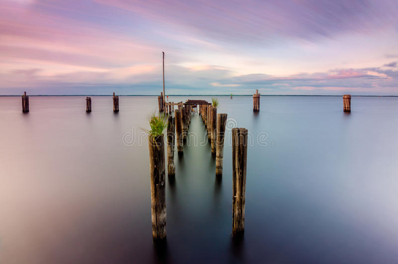 Αποβάθρα του Μονρόε λιμνών στοκ εικόνες
