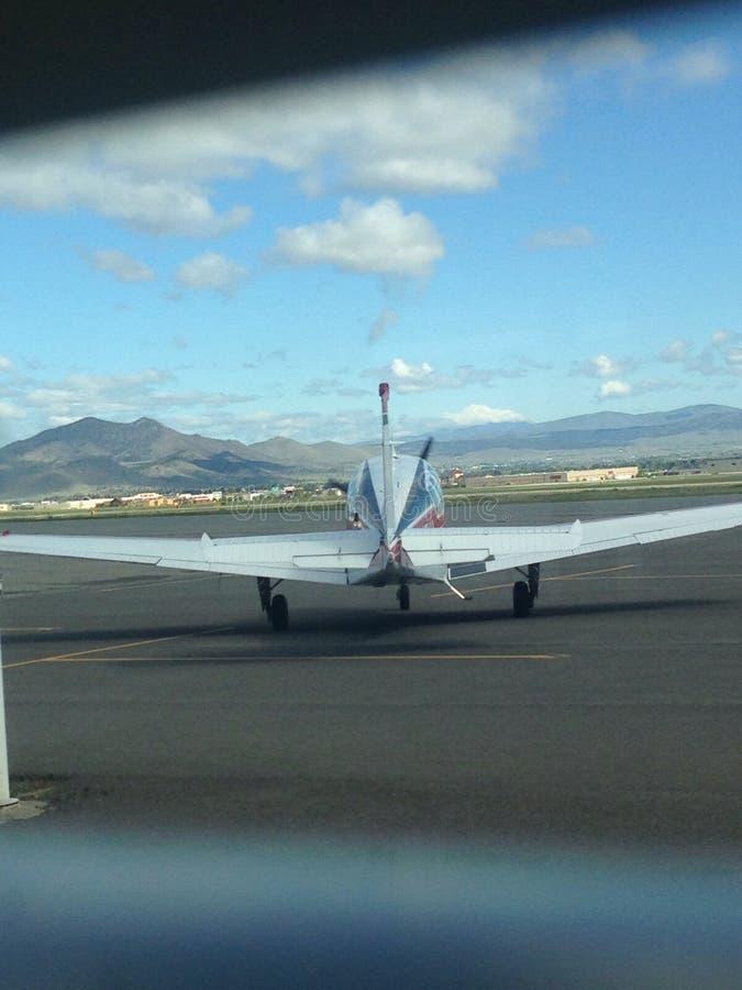 Απογείωση ξημερωμάτων στη Μοντάνα στοκ εικόνες με δικαίωμα ελεύθερης χρήσης