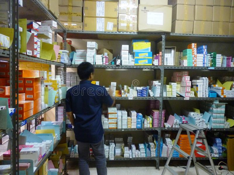 Αποθήκη εμπορευμάτων φαρμάκων στοκ φωτογραφία με δικαίωμα ελεύθερης χρήσης