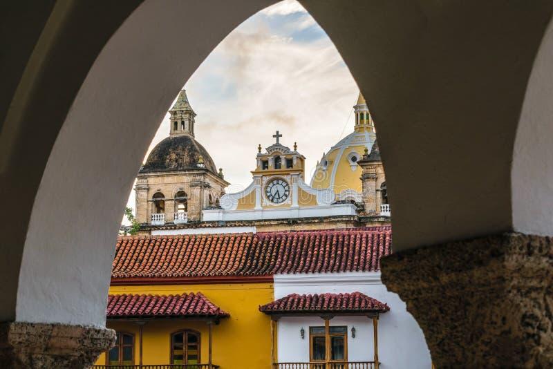 Αποικιακά κτήρια της Καρχηδόνας Κολομβία στοκ εικόνες