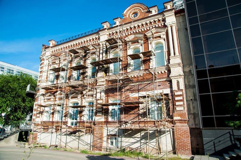 Αποκατάσταση του παλαιού κτηρίου στοκ εικόνα