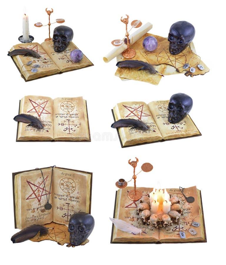 Αποκριές που τίθενται με το μαγικό βιβλίο στοκ φωτογραφίες