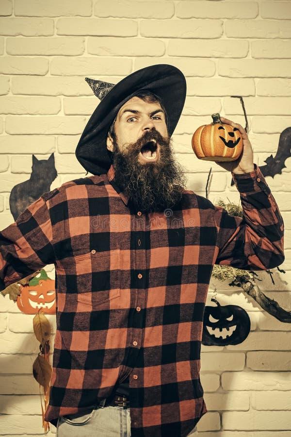 Αποκριές hipster με το πρόσωπο στο πουκάμισο καρό στοκ φωτογραφία με δικαίωμα ελεύθερης χρήσης